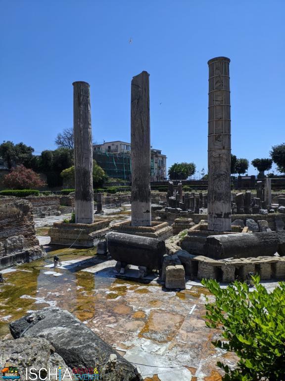Tempio-di-SerapideATI-Macellum