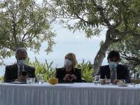 Da destra, Alessandro Mastrocinque, Claudia Merlino, Francesco Del Deo