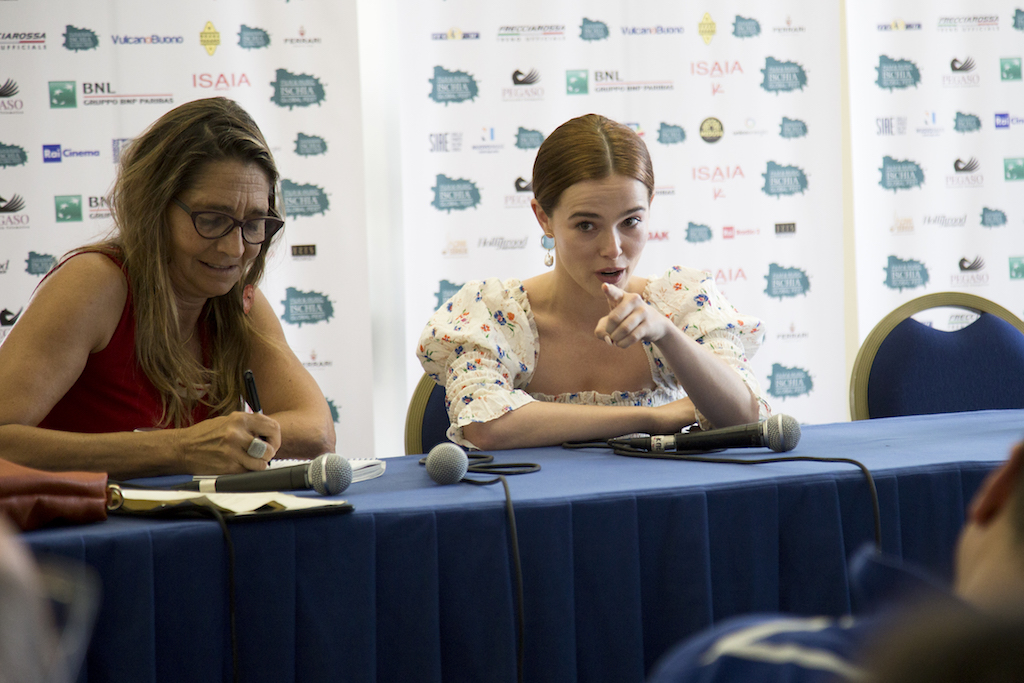 Conferenza stampa con Zoey Deutch con la sua interprete